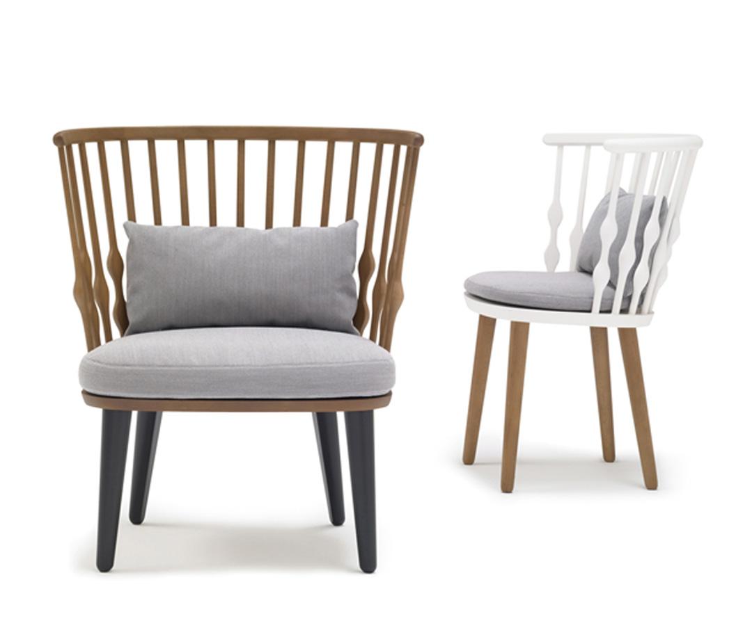 Sillas sillas de madera tapizadas taburetes for Sillas apilables tapizadas